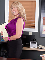 50 Plus MILFs - Customer service - Laura Layne (52 Photos)